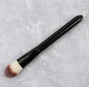 China Concealer Makeup Brush , Liquid Foundation Brush Nylon Hair Material wholesale