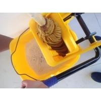 China Mop bucket with wringer yellow mop bucket 36L wholesale