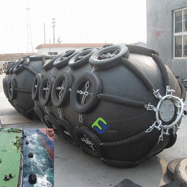 Quality Florescence marine rubber fender, floating ship fender for sale