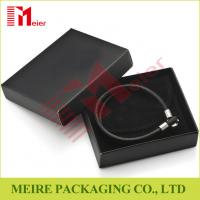 China Luxury glossy black Bracelet small cardboard jewelry boxes wholesale with black pouch for man wholesale