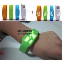 China Christmas Gift The Fashionable LED Watch USB Flash Drives with factory price wholesale