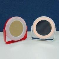 China Compact Mirrors with 3x Magnifying Function and 2 x AAA Battery wholesale