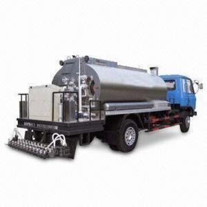 China Semi-Intelligentized Asphalt Distributor with 5,000L Capacity Tank wholesale