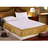 China Quilted Hotel Bedding Sets / Hotel Bed Skirts With Fitted Sheet wholesale