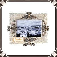 China Best selling product factory customed resin crafts beautiful photo frames A0370WS wholesale