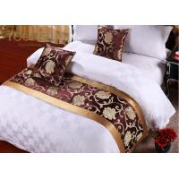 China Hotel Decorative Linens Jacquard Bedding Set 100% Polyester Queen wholesale