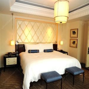 Buy cheap Modern 5 Star Luxury Hotel Bedroom Furniture Sets With Wood Veneer from wholesalers