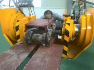 China 40Ml/R 600T Portable Hydraulic Track Pin Press For CAT D12  Dozers wholesale