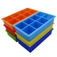 China Square Silicone Ice Tray Molds , Novelty Ice Molds 8 Cavity Stackable wholesale