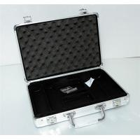 China Aluminum casino suitcase carrying case for poker chips on sale