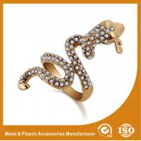 China OEM / ODM 18K Gold Snake Shape Fashion Jewellery Rings For Anniversary wholesale