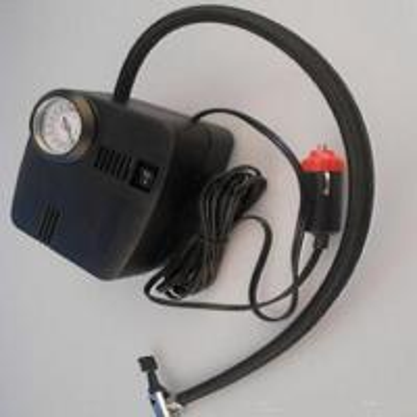 Quality 250psi Car Portable Air Compressor Plastic Material Black Color For Auto Tires for sale