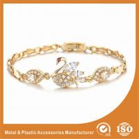 China Unique Swan Shaped Fashion Metal Friendship Bracelets With Crystal Diamond wholesale