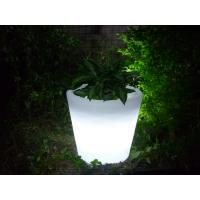 China Promotional Plastic Planter,Eco-Friendly Led Plastic Plant Pot wholesale