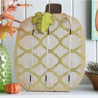 China Pumpkin Shape Thanksgiving Wooden Plank Plaque , MDF Wood Plank Wall Art wholesale