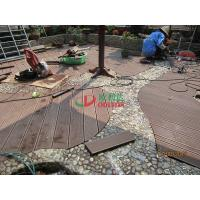 China Wood Plastic Composite Decking Flooring , Maintenance Free Decking Natural Wood Texture wholesale