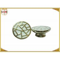 China Various Color Metal Crown Caps For Perfume Bottle Deep Engraved Lines wholesale