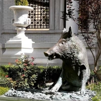 China Garden Fountain Boar luck Sculpture Modern Material Bronze Landscaping Products wholesale