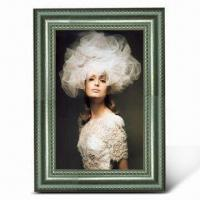China Plastic Photo Frame, Various Colors are Available wholesale