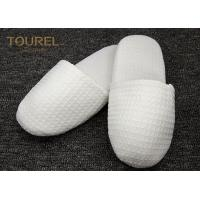 China EVA Sole Waffle Indoor Disposable Hotel Slippers With Custom Logo wholesale