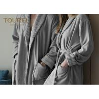 China Flannel Thick Fleece Hotel Quality Bathrobes Hooded Sleepwear wholesale
