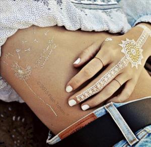 China Female Decorative Jewelry Flash Tattoo Metallic Gold Waterproof Eco - Friendly wholesale