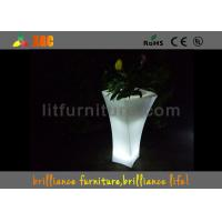 China Banquet Hall Remote Control LED Flower Pot With Lithium Battery wholesale