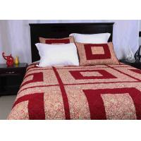 China Polyester / Cotton Bedspread And Coverlets Machine Quilting With Different Size wholesale
