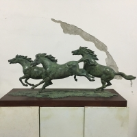 China Abstract Cast Large Bronze Horse Statue , Cabinet Contemporary Animal Sculpture wholesale