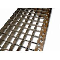 China ASTM Q235 SS304 Stainless Steel Stair Treads , Anti Corrosion Bar Grating Treads wholesale