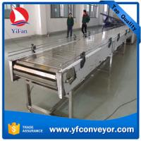 China Stainlees Steel Slat Chain Conveyor with Good Load Capacity on sale