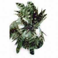 China Fashionable Brooch, Made of Feather and Plastic Beads at Center, with Pin at Back wholesale