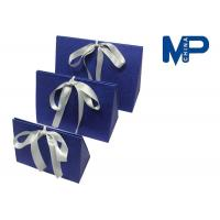 China Personalized paperboard gift wrapping boxes decorated Ribbon and Knob wholesale