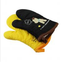 China Slip Resistant Personalised Oven Gloves , Kitchen Oven Mitts Cotton Material wholesale