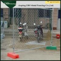 China Chain Link Mesh Temporary Construction Fence Panels Low Carbon Steel Material on sale