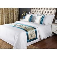 China 5 Star Quality Embroidery Hotel Bed Runners For Decorated Peacock Pattern wholesale