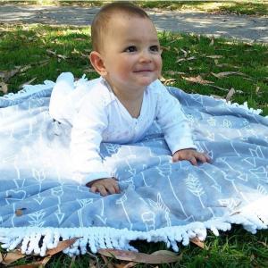 China Cheaper price small MOQ custom printed children round beach towel baby beach towel with tassels wholesale