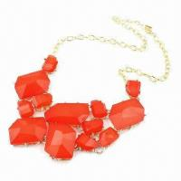 China Fashionable Necklace, Made of Resin Stones, Various Colors are Available on sale