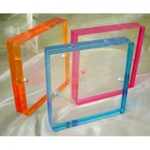 China acrylic sheet photo frame wholesale