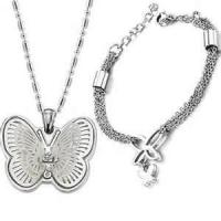 China Fashion black color Western style harmless stainless steel butterfly chain bracelets for women on sale