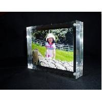 China Beautiful Shape Clear Acrylic Picture Frames With Reasonable Price wholesale