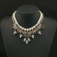 China Fashion accessories jewelry beaded necklace pearl necklace geometric necklace for women wholesale