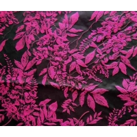China Upholstery Fabric Jacquard Yarn-dyed Leaves H/R 25.0cm 340T/100% P/150gsm wholesale