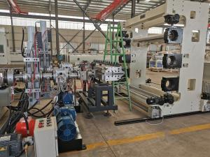 China ABS/PC Co-Extrusion in T-Die Travelling Cases Sheet Machine Extrusion Line on sale