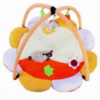 China Flower Shape Baby Play Mat with Bright Colors, Materials Touch, Shaking or Squeezing Toys wholesale