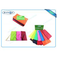 China Customized Colors and Printing Patterns Disposable Tablecloths Made from PP Non Woven wholesale
