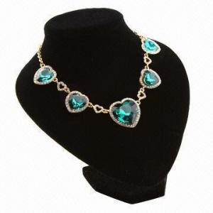 China Elegant semiprecious stone alloy necklace for women wholesale