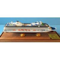 China Oceania Cruises Riviera Boat Cruise Ship Model With Original Engraved Corridor wholesale