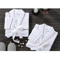 China Customized Hotel Style Bathrobes Waffle Spa Robes 100% Cotton Material wholesale