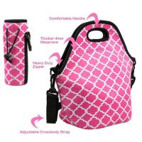 China Cheap wholesale OEM customize size fashion neoprene insulated lunch bag with water bottle sleeve.Size:30cm*30cm*16cm wholesale